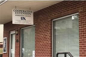 Robertson County Cooperative Entension Office.jpg